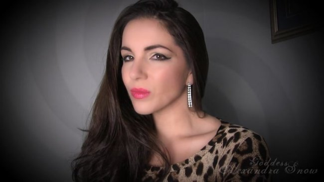 Goddess Alexandra Snow - Soft and Sensual Lips Trance