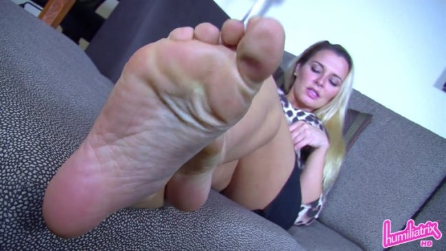 Humiliatrix - Princess Remi Destroys Your Date with Her Sexy Feet