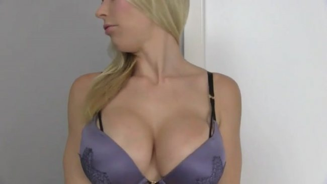 Princess Lyne - LOSER for My cleavage
