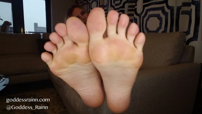 Goddess Rainn - Foot Dust JOI