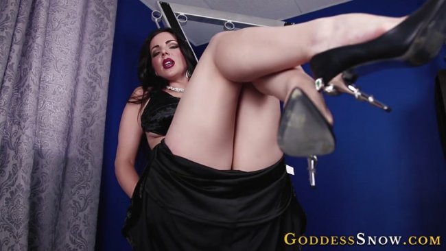 Goddess Alexandra Snow - Lured to Your End