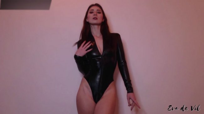 Eva De Vil - Worship My Zip Because You Don't Deserve Pussy