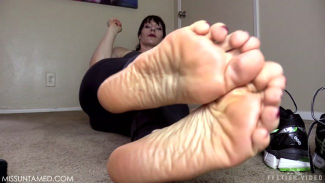 Miss Untamed - Your Sweaty Foot Fetish
