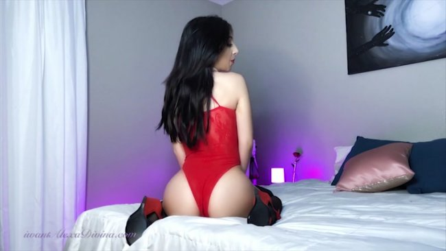 Goddess Alexa - JOI Edging my Valentine - Cum for Goddess