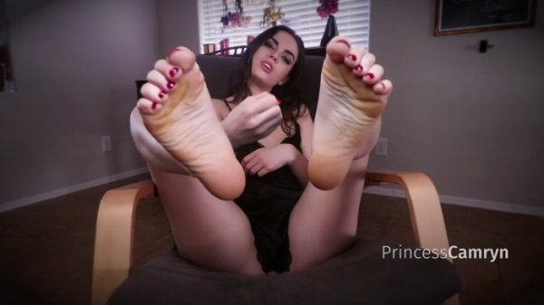 Princess Camryn - Wrinkled Foot JOI
