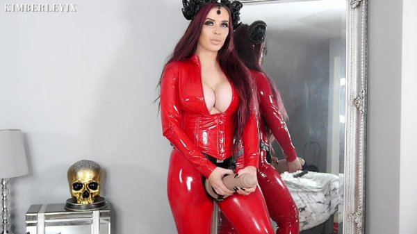 KimberleyJx - Devil wears a Strap-On: Futa Pegging