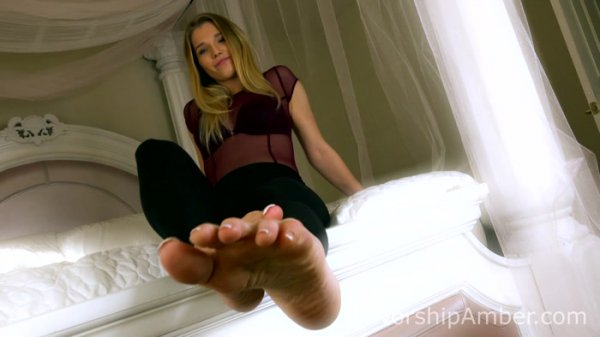 Worship Amber – Total Foot Domination
