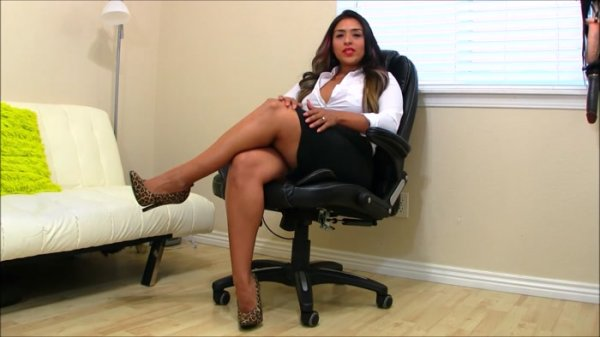 Sandra Latina - Betas Are Born To Suck Cock