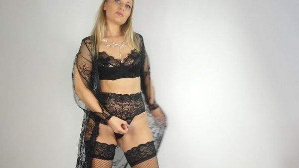 Goddess Poison - Hot wife ENDS hubby for his cash using viagra and sex!