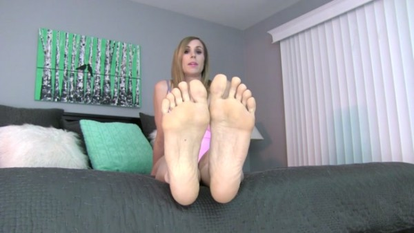 Princess Lyne - Giving up Pussy for FEET