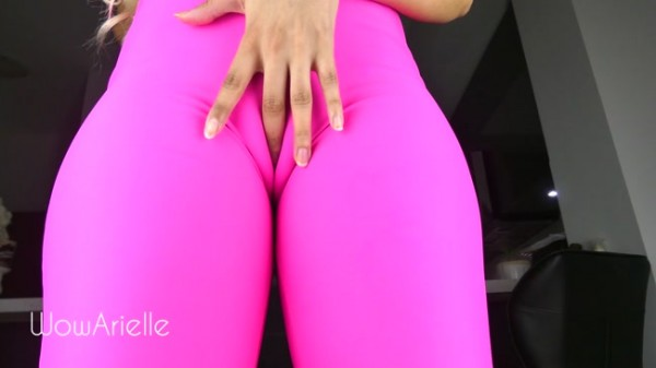 WowArielle - Up Close Pussy Denial