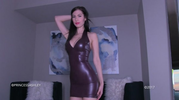 Princess Ashley - New Latex Dress Needs Shining