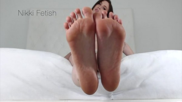 Nikki Fetish - floored foot boy