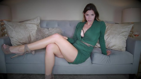 Princess Lexie - Jerk Just to My Legs